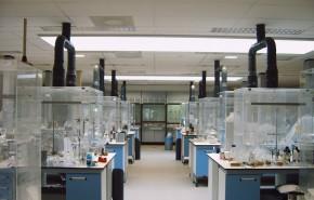 Afzuigkast voor in laboratoria